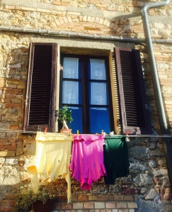 laundry in Volterra